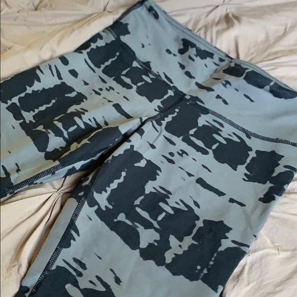 ALO Yoga Pants & Jumpsuits | Alo Yoga Size S Grayblack